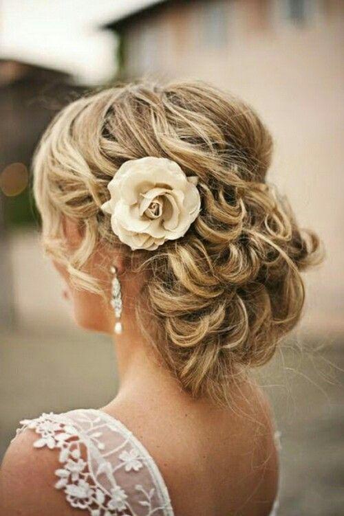 Bridal Hairstyle With Rose : Best 25 hochzeitsfrisur geflochten blumen ideas on pinterest