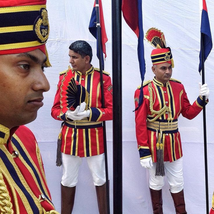 Delhi police in ceremonial dress on the occasion of commemoration day parade at Police line in New Delhi #police #delhipolice #parade #commemoration #ceremonial #india #asia #dailylife #indiaphotosociety #photojournalism #indiapictures #reportagespotlight #indian_gram #huffpostgram #indianphotoproject #everydayeverywhere #gramoftheday by arunsharmaht