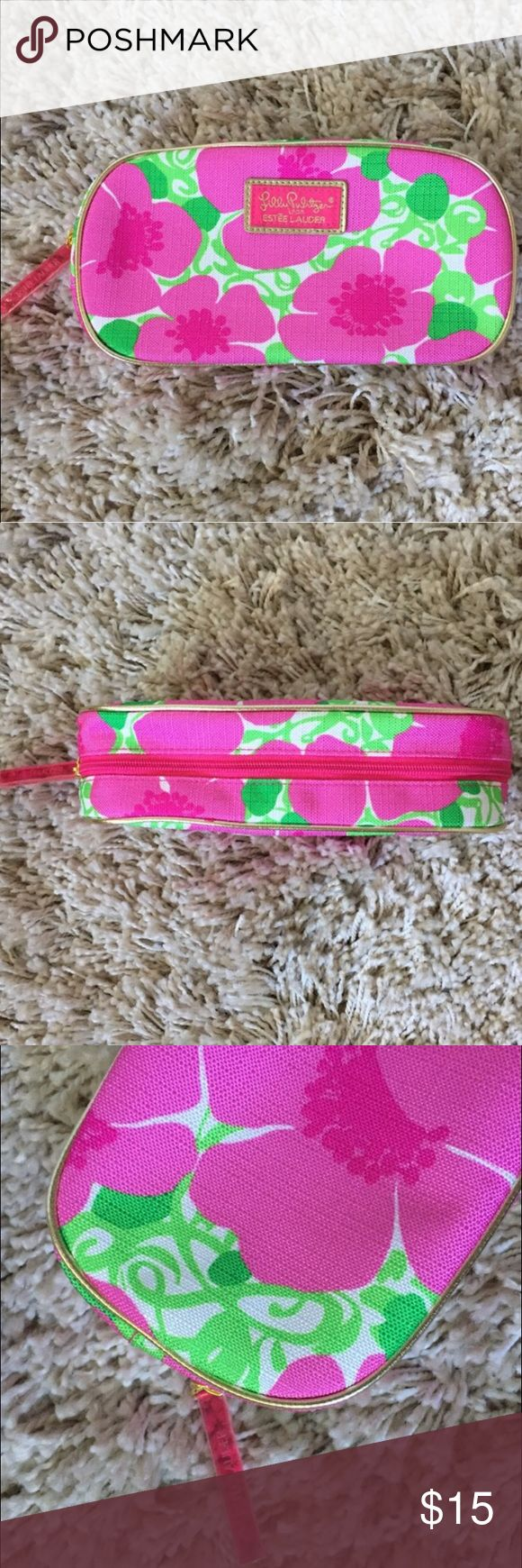 """SALE  Lilly Pulitzer + Estée Lauder + Lilly Pulitzer for Estée Lauder makeup/accessories bag  + Never been used!  + Measures: 9"""" x 4.75""""  ⭐️All items are steamed cleaned and shipped within 48 hours of your purchase.   ⭐️If you would like any additional photos or have any questions please let me know.  ⭐️Sorry, no trades. But will listen to ALL fair offers. Thanks for shopping! Lilly Pulitzer Bags Cosmetic Bags & Cases"""