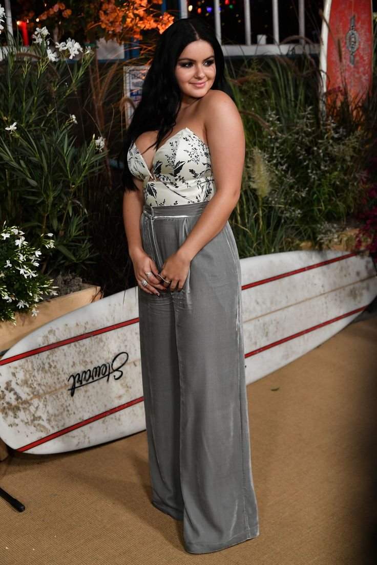 Ariel Winter arrives at Teen Vogue Celebrates 14th Annual Young Hollywood Issue at Reel Inn on September 23, 2016 in Malibu, California.