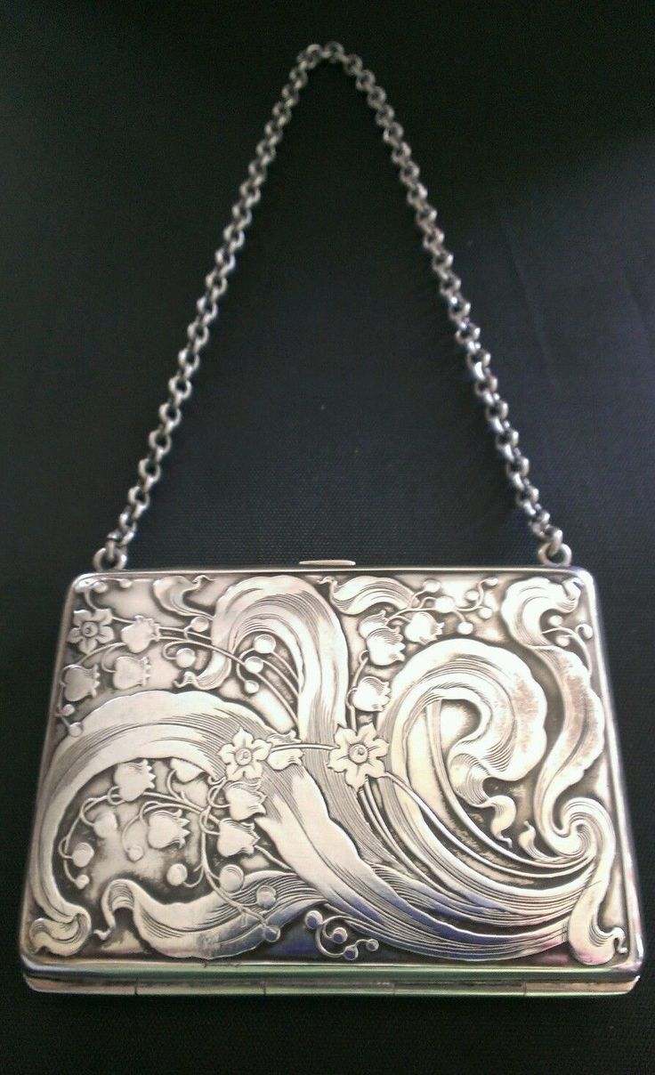 Art Nouveau Sterling Silver Purse.                                                                                                                                                      More