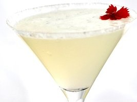 Lemon Drop Martini -----Citron Vodka(Grey Goose), Cointreau, fresh lemon juice, simple syurp,