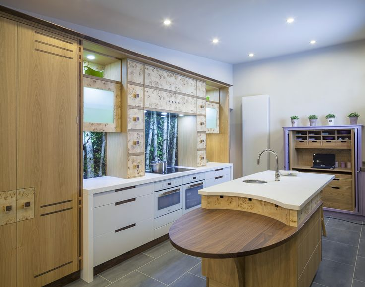 The Natural Wood Cabinets Combined With The Forest Effect Splashback In  This Kitchen Create An Earthy