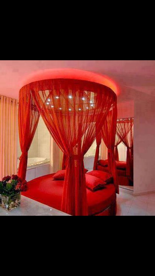 Red Bedroom Ideas For Couples Part - 48: Romantic Red Room And Round Bed