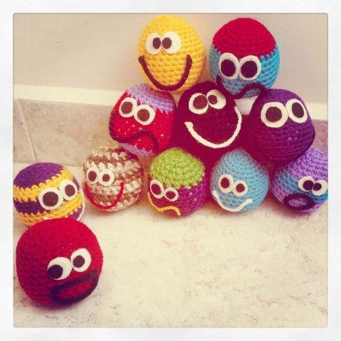 Lo nuevo en #Cherrymania  . Las pelotas locas para gato con #Catnip #Crochet .