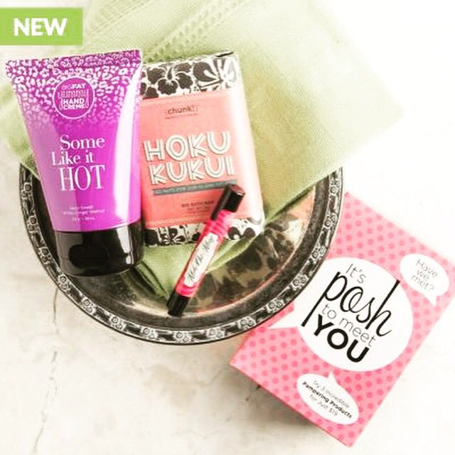It's a new week and time for a NEW DRAWING! Anyone who places an order of $25 or more between today and Satuday, Dec. 12th will be entered to win a Posh To Meet You set worth $19! It includes 3 of Perfectly Posh's most popular items: the Hoku Kukui Chunk, Some Like it Hot Big Fat Yummy Hand Creme and a Make Out Magic lip balm! It would make a nice treat for yourself or a great gift for someone else! https://www.perfectlyposh.com/31606/start?pref=619036