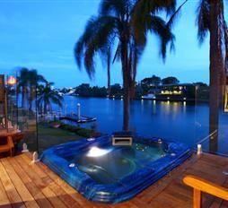 'The Boathouse' Riverfront holiday house on the Gold Coast Australia