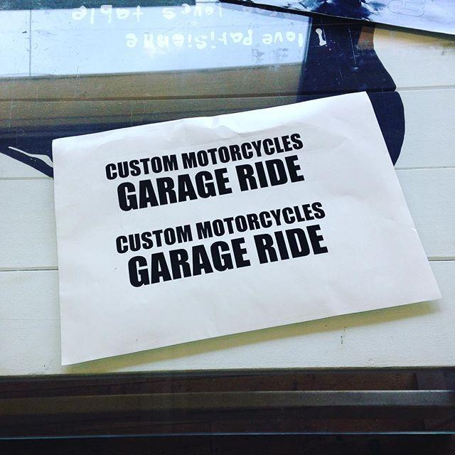 Stecker!!! 社用車に貼るロゴステッカーをカッティングしやした。 これでもう悪さが出来なくなっちゃうわ。 http://www.garage-ride.com  #garageride #ガレージライド #SR400 #motorcycles #奈良 #バイク #カスタムバイク #ロゴ #ステッカー #カッティングシート