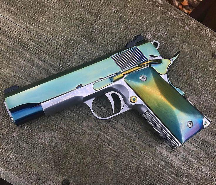 "8,180 отметок «Нравится», 104 комментариев — Jesse James Firearms Unlimited (@jessejamesfirearms) в Instagram: «HOT DAMN! #JJFU ""Pee Wee"" carry size 1911 in 45acp. Stainless Steel frame with a #JJFU Fang…»"