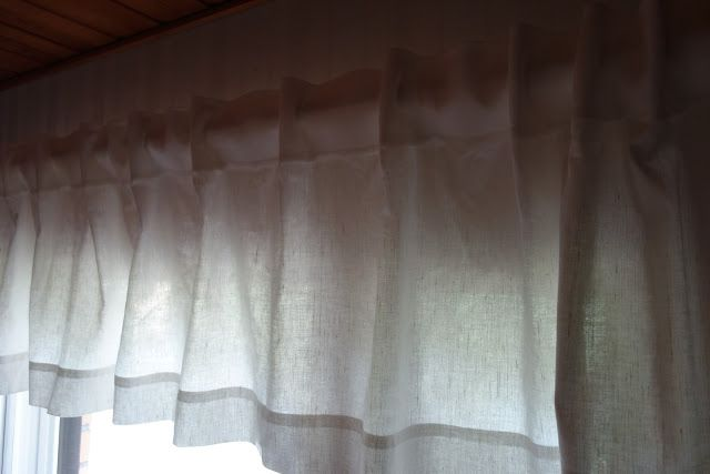 Tee-se-itse-naisen sisustusblogi: How to hang Curtains Beautifully? Tips and tricks.