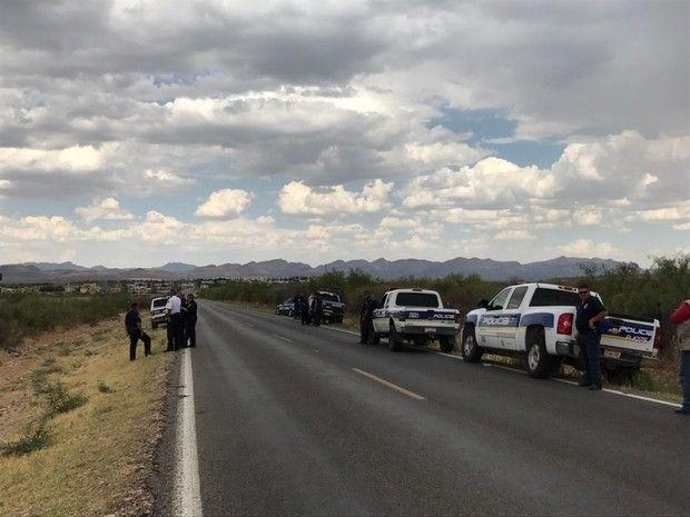 <p>Chihuahua, Chih.- Localizan el cuerpo de una mujer calcinado en el kilómetro 31 de la carretera que conduce a ciudad Juárez.</p>  <p>Fue