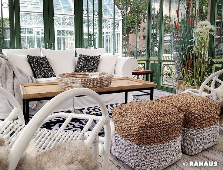 Just relax #Garten #RAHAUS #Pavillon #Sofa #Schaukelstuhl #Hocker #Couchtisch #Kissen #Gartenhaus www.rahaus.de