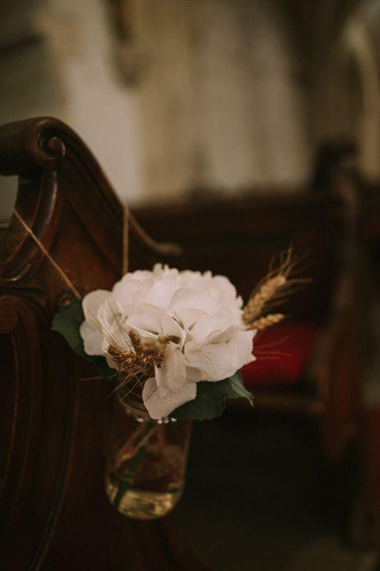 Church Decor (hydrangea, wheat); okrasitev cerkve (hortezija, pšenica)