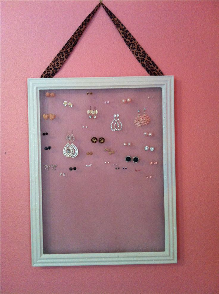 Homemade earring holder. #diy #jewelry