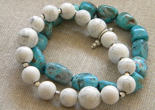 """DIY: Faux Stone Bracelets from Salt Dough Tutorial...I can't believe how real the """"turquoise"""" bracelet looks. Great craft to do with your kids!"""