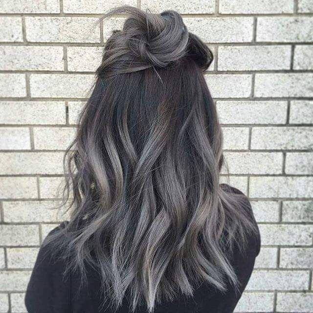 Gray/ash blonde dark roots