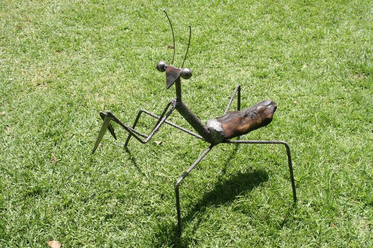 Wood and Steel Mantis