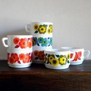 Arcopal #vintage #retro flowers cups