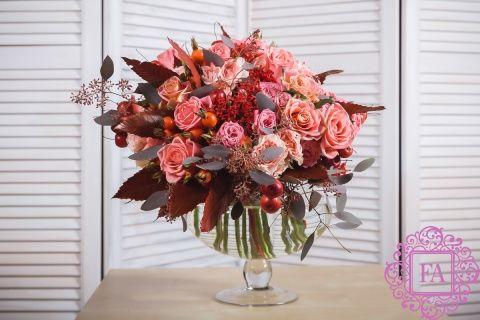 Букет Луиза из живых цветов купить с доставкой в Москве