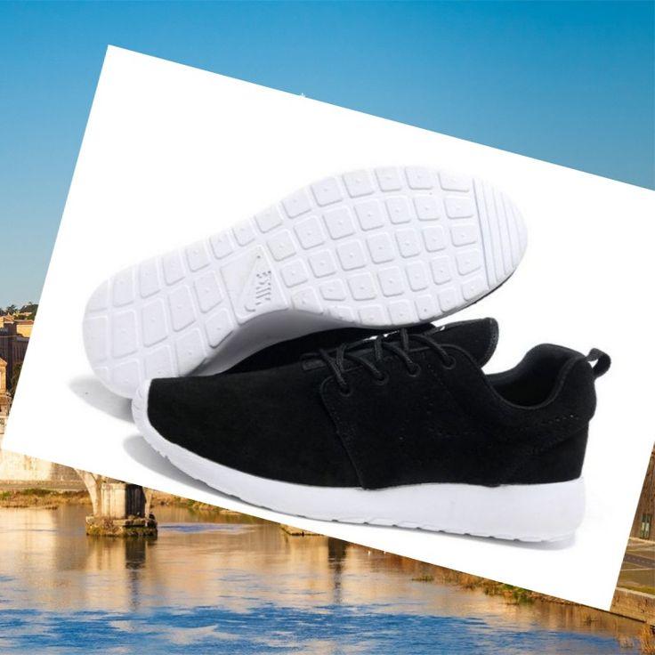 Affidabile Nike Roshe Run Uomo Nero Bianco HOT SALE! HOT PRICE!