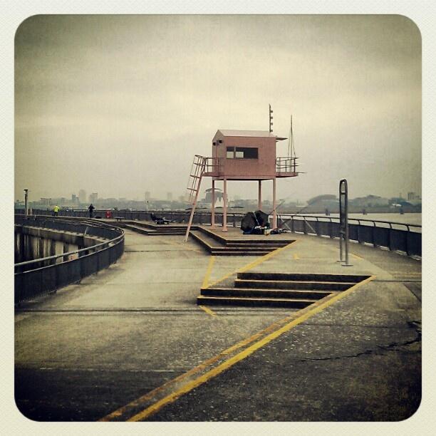 @levantisphoto | #Pink building and #fishermen #cardiff | Webstagram - the best Instagram viewer