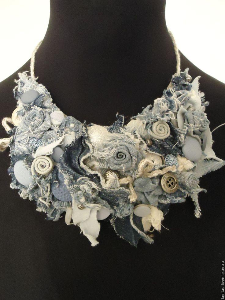 """Купить Колье """"Джинсовые розы"""" - голубой, колье, текстильное колье, джинсовое колье, бохо-колье"""