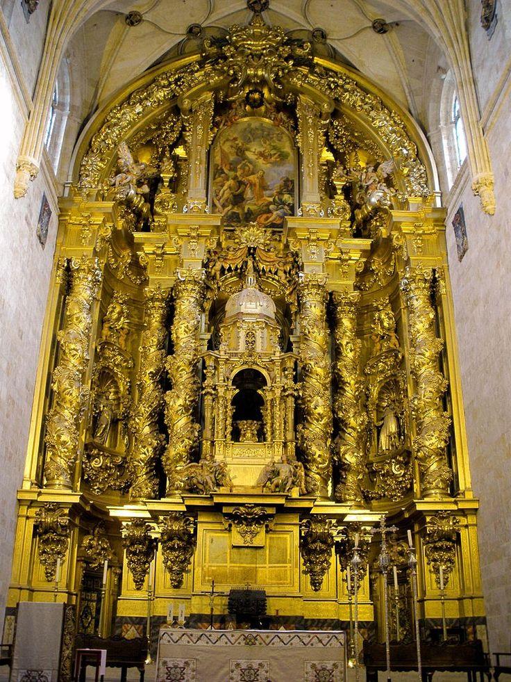 Retablo mayor de la iglesia del convento de San Esteban (Salamanca), de José de Churriguera.