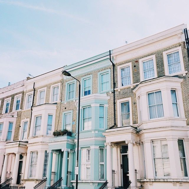 pastel houses - notting hill - mija