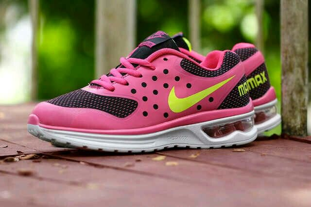 Nike Airmax Tab Wanita size 36 sd 40 Rp.270.000