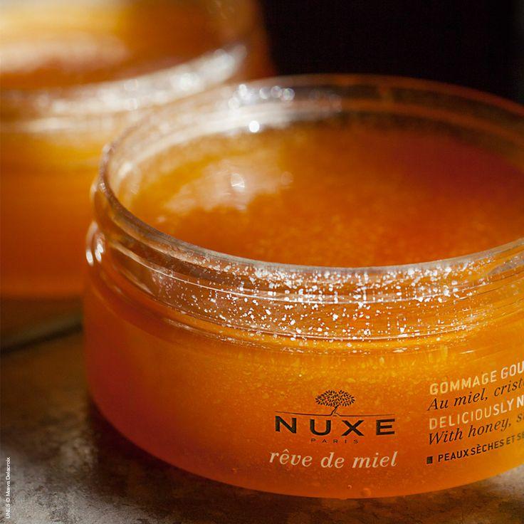 Gommage Corps Nourrissant Rêve de Miel® Mon nouveau plaisir de peau, à la fois exfoliant et nourrissant...