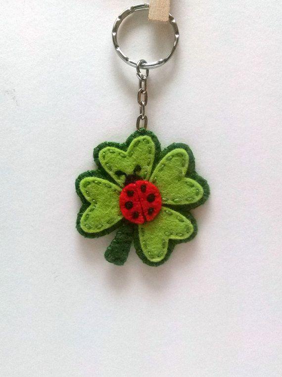 Clover keychain, good luck keychain, Four leaf clover keychain, Felt Ladybug…