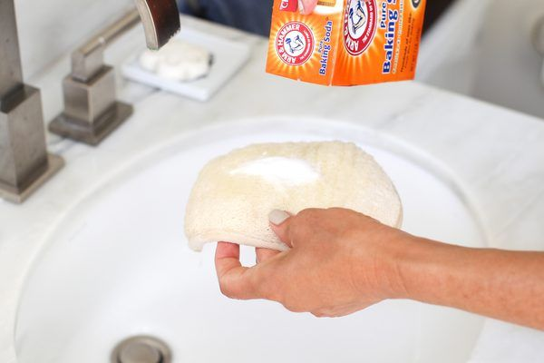 How to Remove Self Tanner Stains From My Hands | eHow