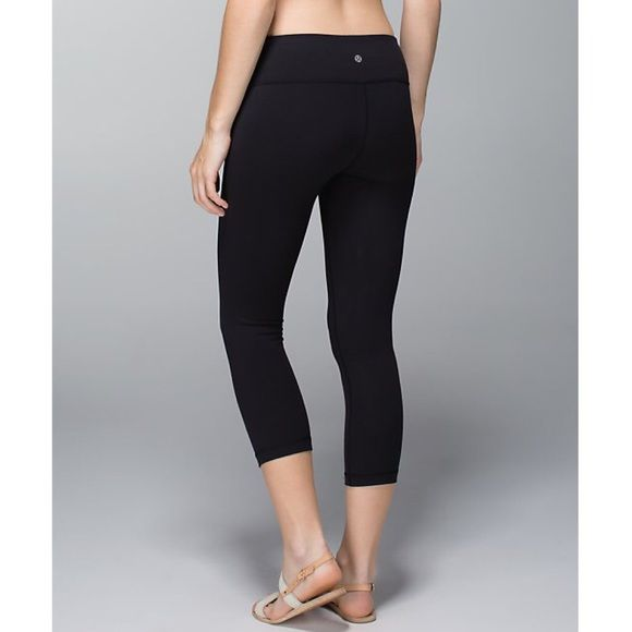 "Lululemon Wunder Under Crop Luxtreme Black Pants 2 Lululemon ""Wunder Under Crop"" *Luxtreme yoga pants in Black, size 2. Made of sweat-wicking and breathable Luxtreme. These were not made with a size dot, but they are a size 2, as stated on the tag before it was removed. Four-way stretch, second-skin fit. PRICE IS FIRM AND NON-NEGOTIABLE. 15% OFF THROUGH PAYPAL. NO TRADES. lululemon athletica Pants Ankle & Cropped"