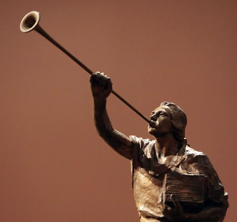 20 little-known facts about Mormon temples' Angel Moroni statues | Deseret News