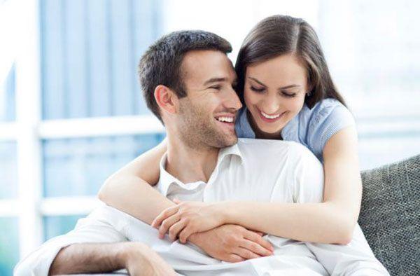 Кризис среднего возраста у мужчины зачастую изматывает его психику, поэтому важно помочь ему пройти этот жизненный этап без осложнений. Может ли помочь мужчине женщина справиться с проблемами.
