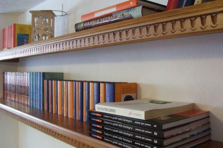 Sardinian Bookshelf. Travelogue Sardinia apt