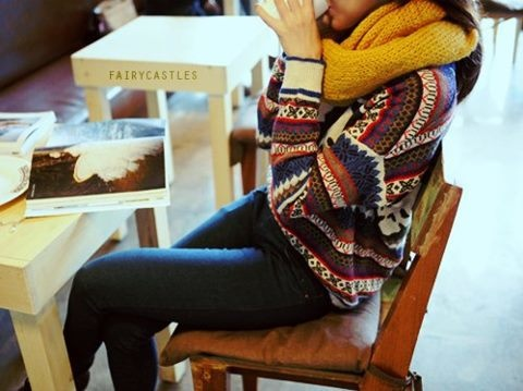 Cozy fall = hot tea, warm scarf, and comfy sweaters