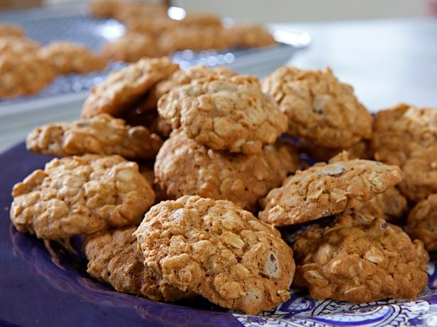 Low-Fat Chocolate Chip Cookies from CookingChannelTV.com