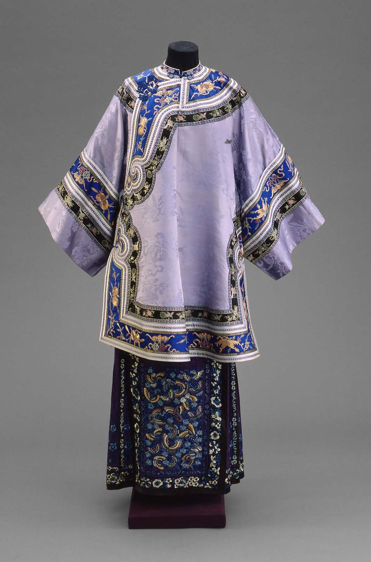 Qing dynasty (Late 19th century) Han Woman's domestic semi-formal coat (ao). Chinese (Han),