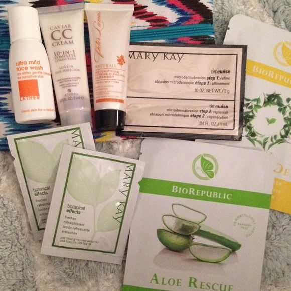 Sample bundle IPSY bag.  Mary Kay face wash cream.  Mary Kay towelettes.  CC cream leave in hair conditioner.  Lather ultra mild face wash. Naturals detoxify citrus facial cleanser. BioRepublic face masks - Aloe rescue & green tea detox. Other