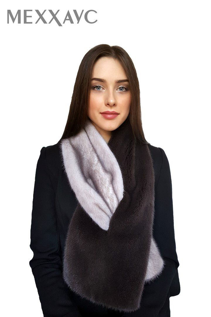 Сделать повседневный образ более эффектным всегда поможет правильно подобранный аксессуар. Шарф из меха норки – не только красивый элемент одежды, но и отлично защитит даже в самую холодную погоду.  #меххаус #меховаяфабрика #меховойшарф #шарфизнорки #теплыйшарф #стиль #мода #меховаямода#fashionlook #fashionstyle #fashionblog #style #instalike #look