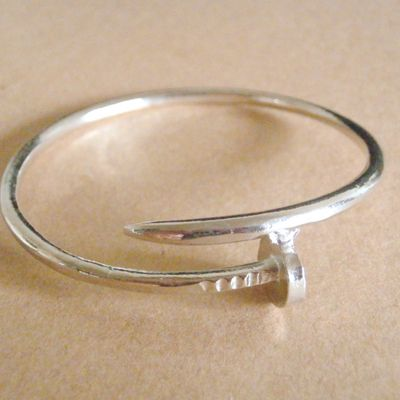 Luxe silver nail bangle