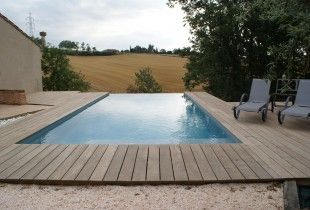 20 best images about piscine on pinterest petite piscine for Construction piscine debordement