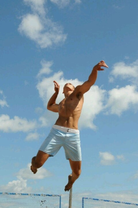 Beach Volleyball. www.acceleratedsc.com #beach #volleyball