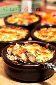 Mantarlı pilav tarifim için linke tıklayın: http://lezzetci.com/yemek_tarifleri/mantarli-pilav.html