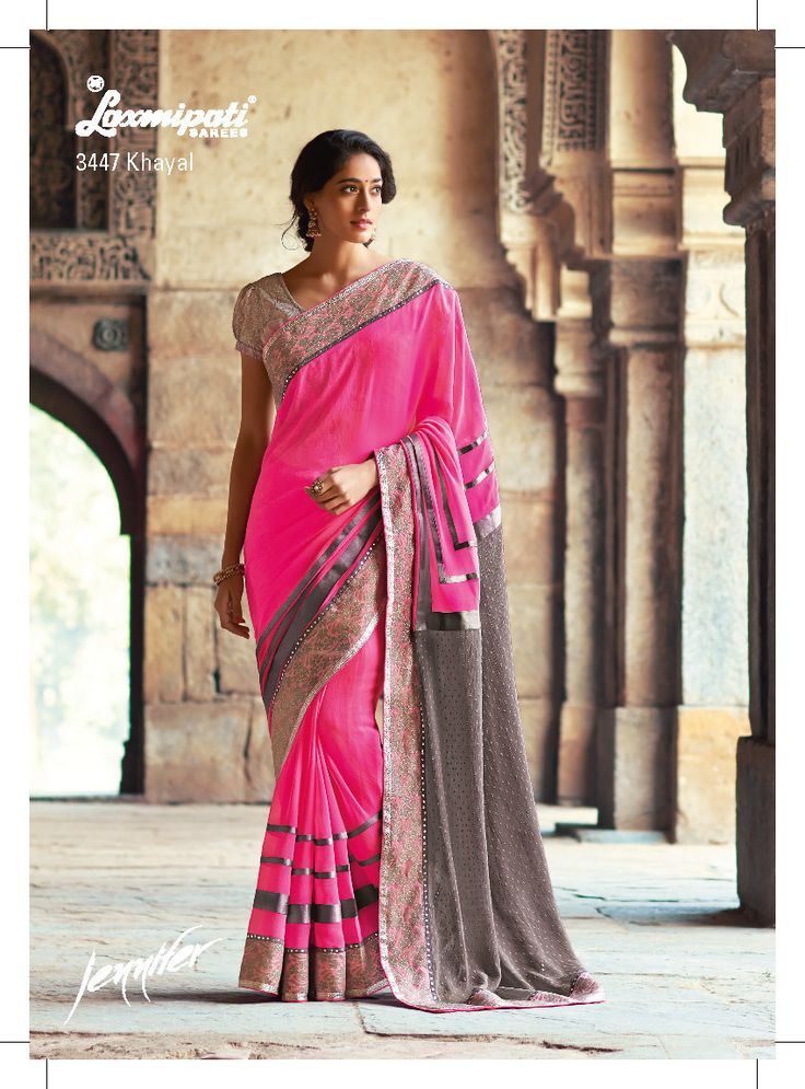This drape caters absolutely stunning combination of gray chiffon butti short pallu and baby pink georgette saree. The full net jacquard blouse with satin silk inner adds to the beauty of the drape. This saree is designed for the occasion/party.