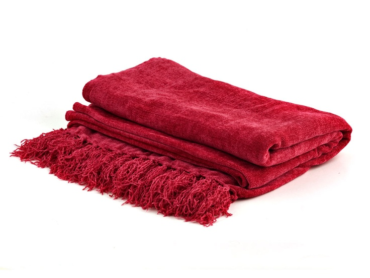 CHENILLE 150*180 CHILI PEPPER  MR PRICE HOME - R179.99