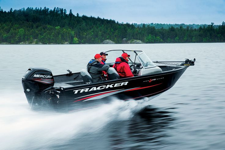 The NEW Tracker® Pro Guide V-175 WT is one of the biggest fishing-and family-friendly Deep V's ever. It is a hardcore boat built for big water to extend your season into cooler months and big fish, TRACKER®'s all-welded Pro GuideTM  aluminum boats are designed with a sharp 35° V at the bow that transitions to a more moderate 20° V at the transom.