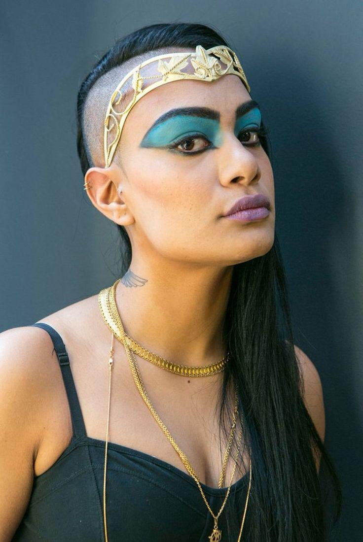 maquillage simple et déguisement pour Halloween : ancienne Egypte