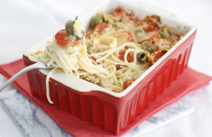 5 or less: Spaghetti uit de oven | Chickslovefood.com | Bloglovin'